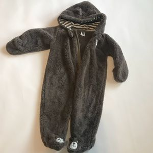 Carter's 9 months bear suit